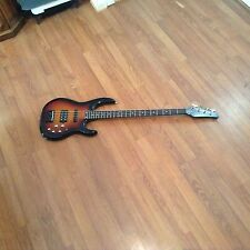 Carvin Bass Guitar 24 frets LB70 with Hard Case