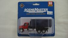 Walthers/Boley HO  International 4300 Dumpster w/Blue Dumpster Truck #949-11630