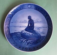 ROYAL COPENHAGEN 1962 CHRISTMAS PLATE LITTLE MERMAID LANGELINIE Porcelain Decor