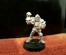 Warhammer GamesWorkshop Bloodbowl 3rd Edition Human Lineman variant 2 metal Oop