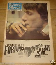 RECORD MIRROR 7 OCTOBER 1965 PAUL JONES FORTUNES BILLY FURY BARRY MCGUIRE