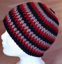 Beanie schwarz braun rot Gr. M neu Wollmütze Boshi Style Häkelmütze