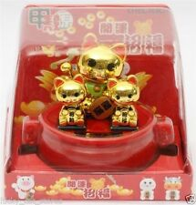 Maneki Neko Lucky Cat Car or desk Decor 3 Cats Family gold Solar Powered