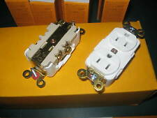 """"""" Lot of 5 """" New Hubbell Specification Grade Duplex Receptacles HBL5262W  White"""
