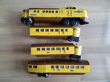 LIONEL 636W UNION PACIFIC CITY of DENVER WITH TWO 637 & ONE 638 PASSENGER CARS