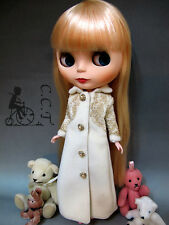 C.C.T Blythe Pullip Dal doll outfit gold lace long coat jacket (beige) c-534