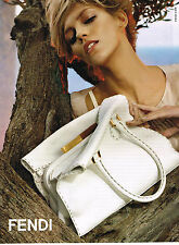 PUBLICITE ADVERTISING 104  2010  FENDI   maroquinerie collection sac