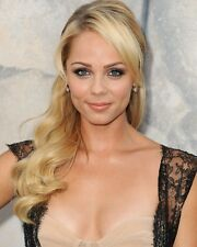 LAURA VANDERVOORT 10 x 8 PHOTO.FREE P&P AFTER FIRST PHOTO+ FREE PHOTO.16