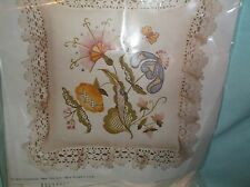 Vintage Columbia Minerva PASTEL JACOBEAN FLOWERS Crewel Embroidery Kit
