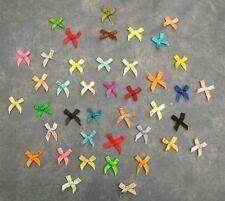 10 NOEUDS en tissu coloris différents