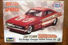 REVELL 69 DODGE CHARGER FUNNY CAR CHI-TOWN HUSTLER 1/25 SCALE MODEL: KIT