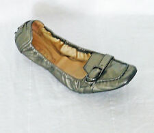 TODS TOD'S ITALY METALLIC PEWTER LEATHER BUCKLE FRONT CLASSIC DRIVING MOC FLAT 9