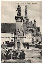 CPA 56 - SAINTE ANNE D'AURAY (Morbihan) 2079. Arrivée des Pèlerins à la Fontaine