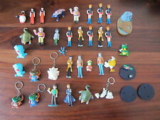 LOT DE 35  MINI FIGURINES / FIGURE  et PORTES CLES  - POKEMON / DBZ / MANGA ....