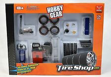 HOBBY GEAR TYRE FITTER TIRE SHOP 1:24 18422 PHOENIX DIORAMA