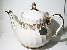 Vintage Unused Sadler England Gold Floral And Trimed 4 Cup Tea Pot (FINE CHINA)