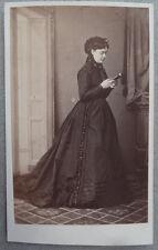 Photo Albuminé Cdv Femme Par Manichon Reims Vers 1860