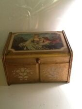 VTG Italian Florentine Gold Hollywood Regency Jewelry Music Box Courting Couple