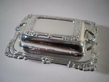 An Elegant Silver 'Entree Style' Butter Dish : London 1933