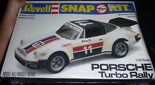 REVELL PORSCHE TURBO RALLY 1/25 SNAP KIT Model Car Mountain KIT FS