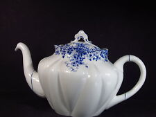 Shelley England  DAINTY BLUE 4CUP TEAPOT WITH OVAL LID