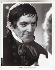 """Jonathan Frid (Pressef. '71) in """"Das Schloss der Vampire"""" / Horror"""