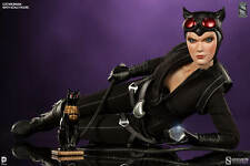 "Sideshow DC Batman - Catwoman Exclusive 12"" Sixth Scale Figure"