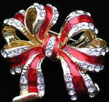 VALENTINES CHRISTMAS TREE CLEBRATION RED BIRTHDAY PRESENT PACKAGE BOW PIN BROOCH