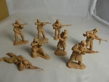 NEW Korean War - NORTH KOREAN Army Toy Soldiers - CTS - (54MM) 16 in 8 poses