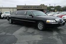 Lincoln : Town Car Signature