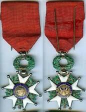 Médaille en variante - Légion d'honneur argent poinçon sanglier MàE 1870 chevali