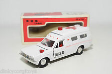 DIAPET YONEZAWA P-25 P25 P 25 TOYOTA CROWN AMBULANCE CAR WHITE NEAR MINT BOXED