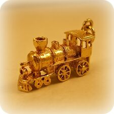 Vintage Locomotive Steam Engine Train 9 ct gold Charm, with moving wheels
