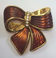 JOAN RIVERS Faux Tortoise Shell Ribbed Glass Rhinestone Ribbon Bow Brooch Pin