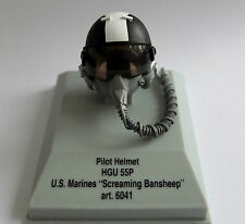 """Franklin Mint Armour Collection Pilot helmet 1:8 US Navy """"Screaming Ban """" HGU-55"""