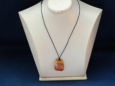 VINTAGE BALTIC AMBER PENDANT REAL GENUINE NATURAL BALTIC AMBER 老琥珀 ( No.ORE )