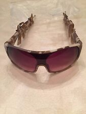 LINDA FARROW X JEREMY SCOTT M16 M-16 MACHINE GUN CAMO SUNGLASSES RARE BRAND NEW