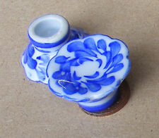 1:12 Single Blue & White Cake Stand Dolls House Miniature Ceramic Accessory B8