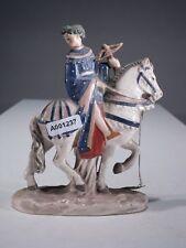 +# A001237 Goebel Archivmuster, Yel 3, Pferd mit Reiter und Bogen auf Postament