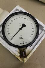Hydraulik-Feinmess-Rohrfeder-Manometer Klasse 0,6 Ø160mm 0-4 MPa (~0-40bar)