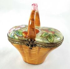LIMOGES BOX - 'WICKER' BASKET & STRAWBERRIES - FRUIT - GARDEN - PEINT MAIN PV