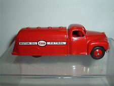 DINKY TOYS STUDEBAKER ESSO MOTOR OIL PETROL REFURBISHED REPAINTED C PHOTOGRAPHS