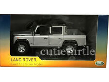 Universal Hobbies Land Rover Defender 110 Pickup Double Cab TDi 1:18 Silver 3883