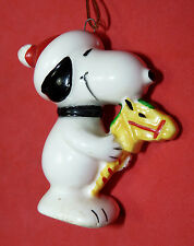 SNOOPY Ridding Toy Horse Rare Vtg Xmas Ceramic XMAS Hat ORNAMENT Peanuts