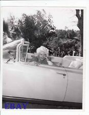 Jayne Mansfield sexy in pink cadillac VINTAGE Photo