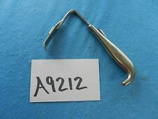 W. Lorenz Surgical Plastic Surgery Rees Retractor 02-0468