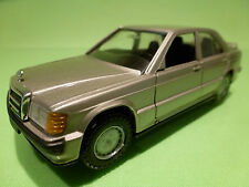 NZG MODELLE 254 MERCEDES BENZ 190E 2.3-16 - CHAMPAGNE 1:35 - EXCELLENT CONDITION