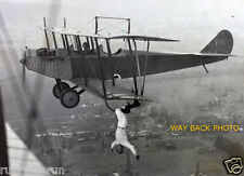 1920 PHOTO REPRINT OF DAREDEVIL WING ACROBAT/WALKER & PILOT FLYING A JENNY PLABE