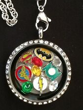 DC Comics   Inspired  Living  Locket  Necklace Batman Superman WonderWoman