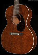 Martin Custom Shop 00 14-Fret Sloped Shoulder Pommele Sapele (416)
